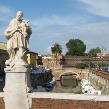 Statua di S. Giovanni Nepomuceno e Fortezza Nuova, Livorno.