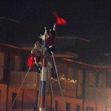 Gli arrampicatori della Giostra dell'Antenna, Livorno.